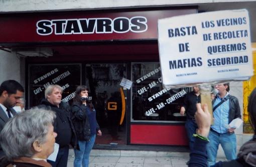 Escrache a Stravos en el 2014